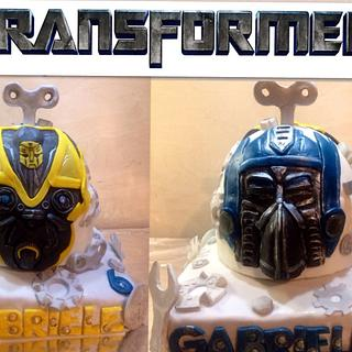 "Transformers Cake ""Optimus Prime VS Bumblebee"""