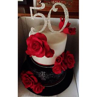 Damask and roses cake  - Cake by Bianca Marras