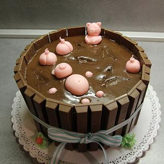 Swimming piggies Kit Kat cake