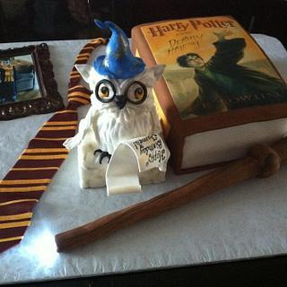 Birthday cake for Harry Potter fan
