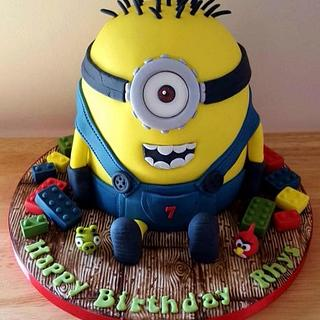 Minion Cake - Cake by T cAkEs