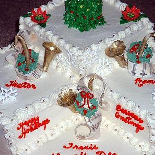 Tri Level Christmas cake