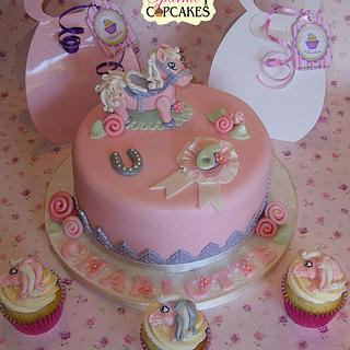 Pretty Pony Cake and matching cupcake party bags