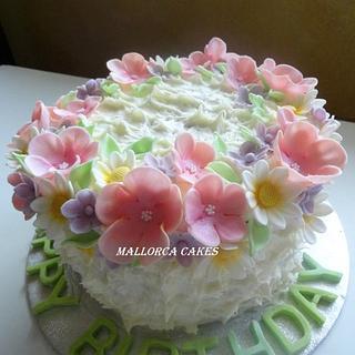pastel shade birthday cake