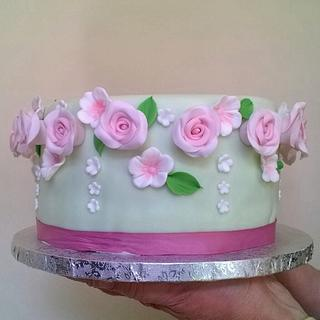 Roses garland cake