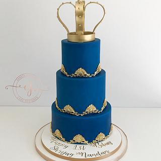 Royal First Birthday Cake  - Cake by Zaneta Wasilewska