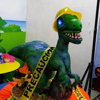 Dino Constructor Cake