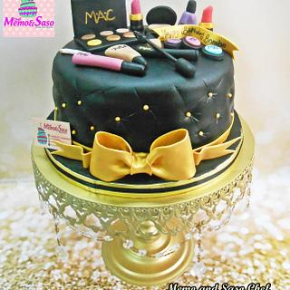 Black and gold make up cake