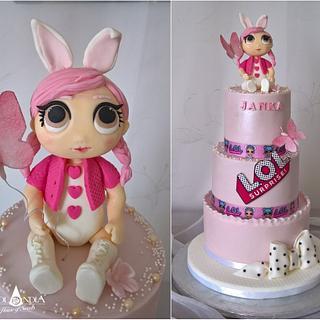Sweet L.O.L. cake
