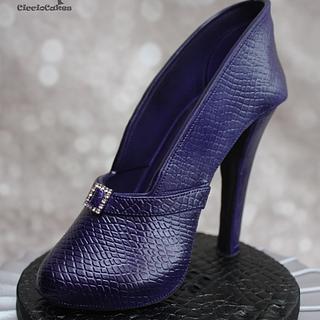 Purple Snakeskin Sugarpaste Stiletto on Pleated Silver Cake