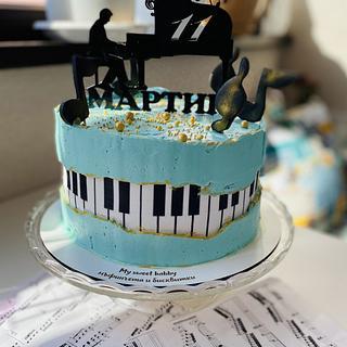 Music 🎶 birthday cake