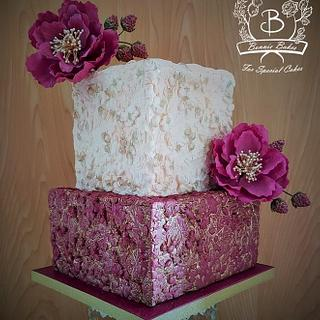 Bas Relief cake with sugar flowers - Cake by Bonnie Bakes UAE