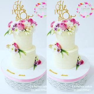 Buttercream combing cake