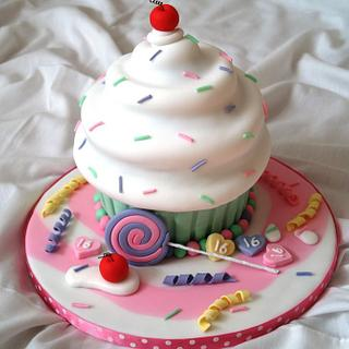 'Sweet' 16 Giant Cupcake - Cake by Sandra's cakes