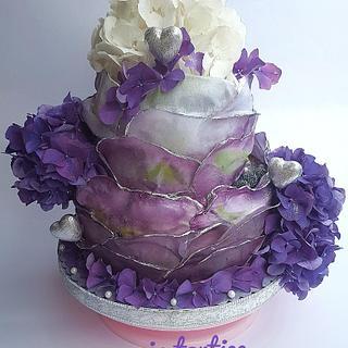 Purple hydrangea cake