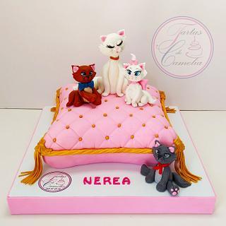 TARTA ARISTOGATOS - Cake by Camelia