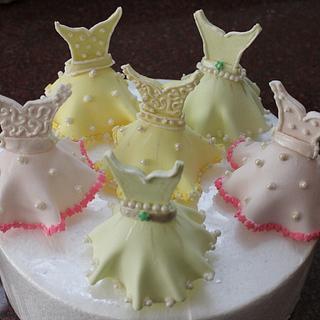 Gumpaste dresses - Cake by  Veena Aravind