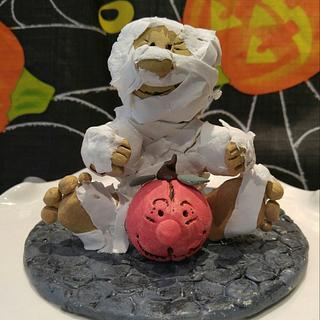"""🎃MY LITTLE HALLOWEEN MUMMY🎃 - Cake by June (""""Clarky's Cakes"""")"""