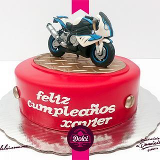 BMW moto cake