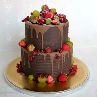 Chocolate and fruit - Cake by lamps