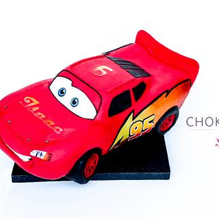 Lightning McQueen - Cars Sculpted Birthday Cake