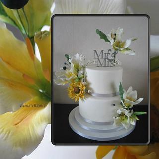 Sugarflowers wedding cake