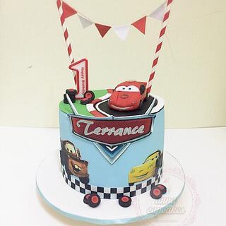 Mcqueens car theme cake