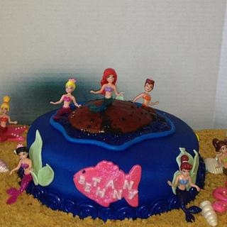 the little Mermaid and entourage
