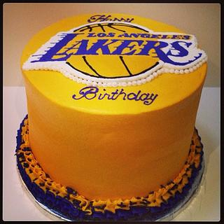Lakers Cake...because I had to - Cake by Petit cali