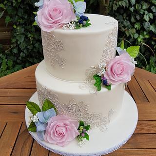 Wedding Cake my niece