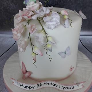 Butterflies and sweet peas cake