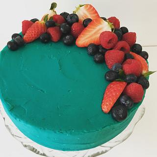 Green berry cake