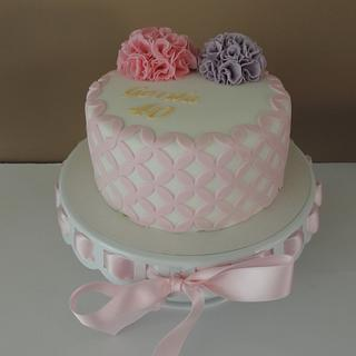 Ruffle pompoms - Cake by Louise