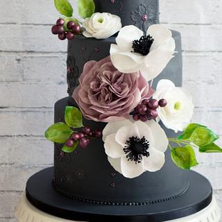 A cake for a fashion designer