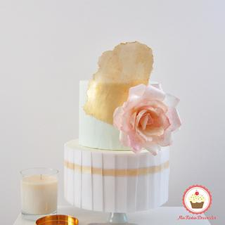 Chic wafer paper cake