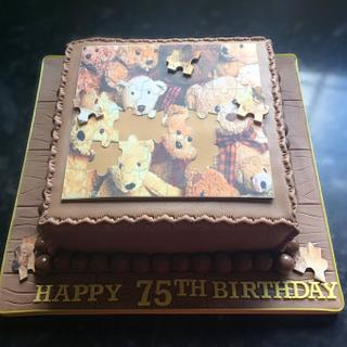 Jigsaw puzzle cake - Cake by Deb-beesdelights