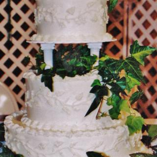 Ivy wedding cake in buttercream