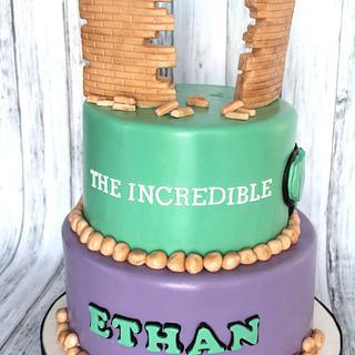 Hulk theme birthday cake