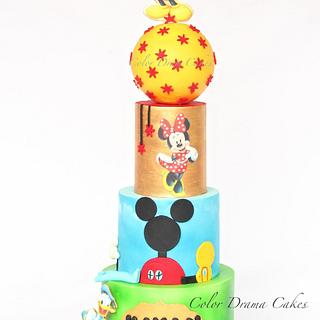 4 tiered cake with edible print toppers