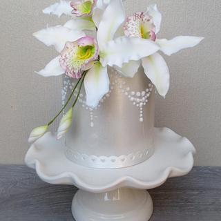 Orchid Mini Cake