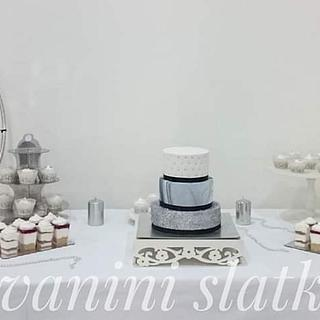 Silver elegant sweet table
