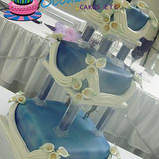 Traditional Wedding Cake meets Star Wars