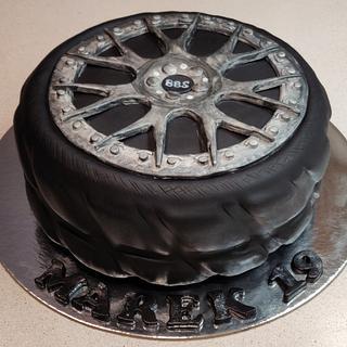 Tire - Cake by Majka Maruška