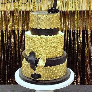 Roaring 20's Gold Sequin Cake