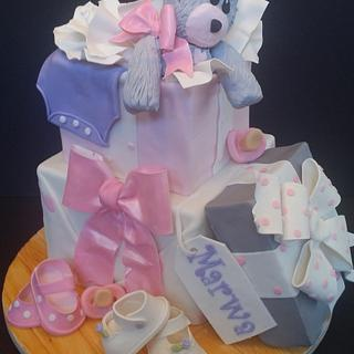 Teddy gift box cakes