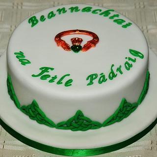 St Patricks Day - Cake by CakekraftDublin
