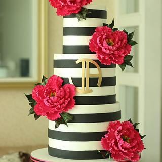 """Chic"" Wedding Cake"