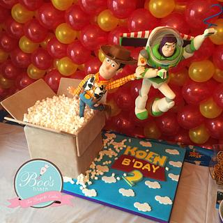 Toy Story Buzz & Woody Cake