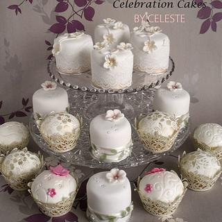 Vintage wedding mini cakes and cupcakes