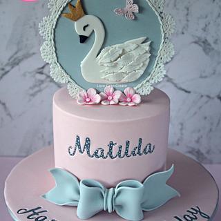 Swan Cake - Cake by Love Cake Create